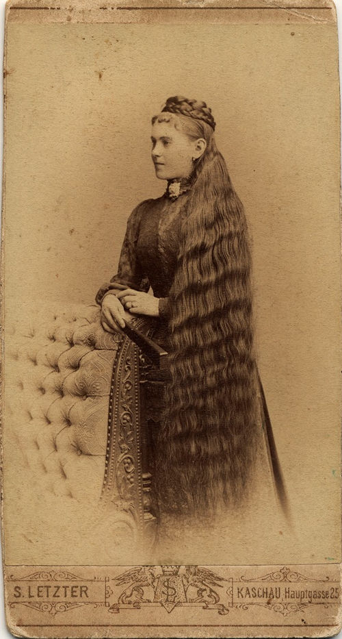 Long Hair Victorian Lady (17)