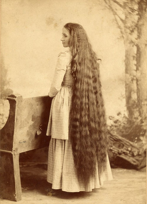 Long Hair Victorian Lady (2)