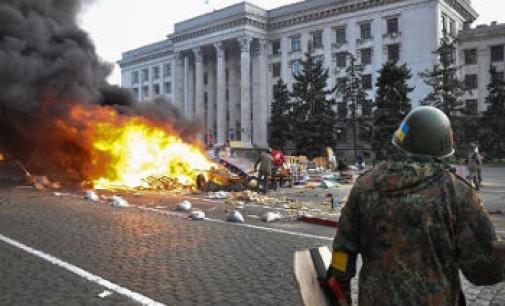 """""""Heroizmas ir žiaurumas iš abiejų pusių"""": tiesa apie vieną kruviniausių Ukrainos dienų"""