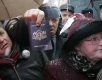 Latvijos nepiliečiai: 20 metų be balso teisės
