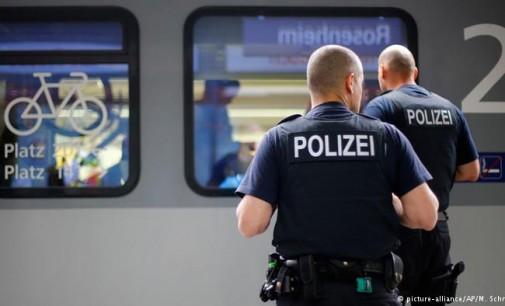 Vokietija nutraukia traukinių susisiekimą su Austrija