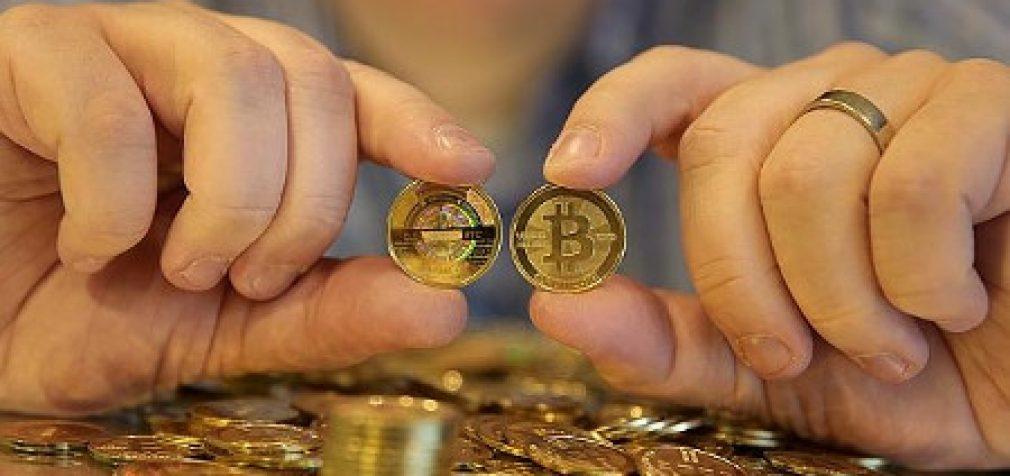 Izraelyje startuolis prašo leidimo mokėti atlyginimą darbuotojams bitkoinais