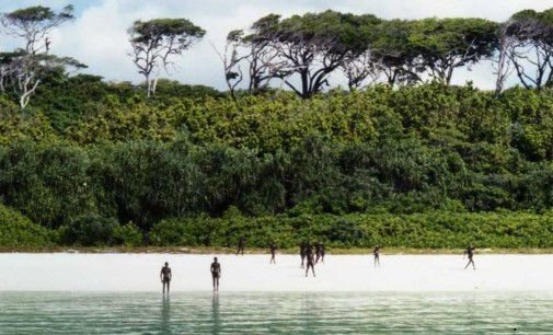 Sentinelų salos gyventojai daugybę šimtmečių nieko neįsileidžia į savo teritoriją