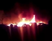 Po susišaudymo Paryžiuje buvo sudeginta Kalė pabėgėlių stovykla