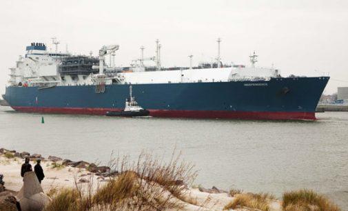 Prezidentė pasirašė įstatymą išpirkti SGD laivą terminalą