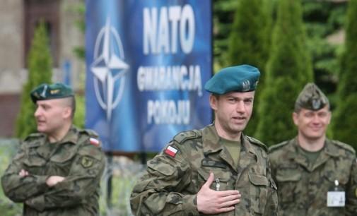 Polskie Radio: Lenkija galvoja dislokuoti JAV branduolinį ginklą