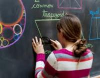 Mokykla be kompiuterių lavina labiau išsivysčiusius vaikus?