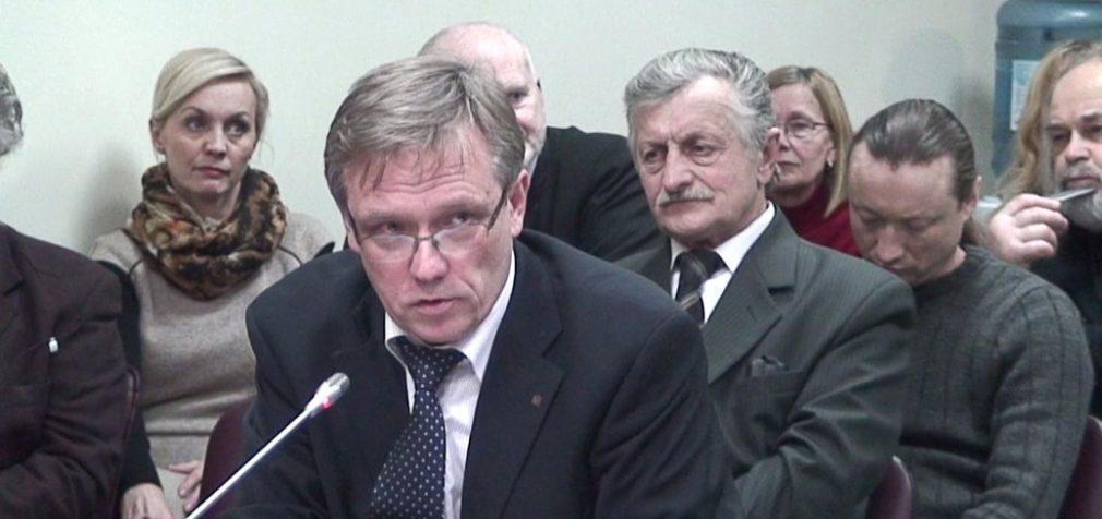 """""""Pabėgėlių įstatymo"""" ir """"100 000 parašų referendumui"""" iniciatyvų svarstymas VRK"""