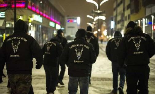 """""""Apie prasidėsiantį gatvių karą ir etninius valymus"""" – suomių """"Odino kariai"""""""