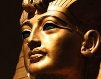 Nefertitės sarkofagas, paskutinė faraono Tutanchamono paslaptis