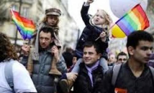 Estijoje homoseksualams leista įsivaikinti vaikus