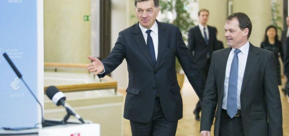 TVF siūlo Lietuvai stabdyti minimalios algos kėlimą – premjeras linksi galva