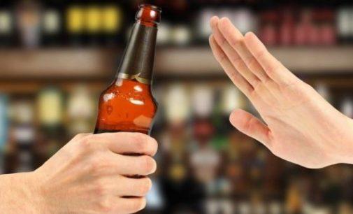 Nėra nei alkoholio rūšies, nei dozės, kuriuos būtų galima saugiai vartoti nėštumo metu