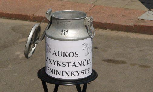 Pieno gamintojų akcija prie ŽŪM ir Vilniaus mero Remigijaus Šimašiaus kalba medalio pristatymo proga