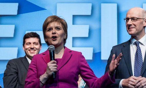 "BBC: Škotijoje bus bandoma užblokuoti ""Brexit"""