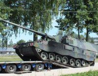 Lietuvos kariuomenė ginkluojasi pažangiausiomis pasaulyje laikomomis savaeigėmis haubicomis