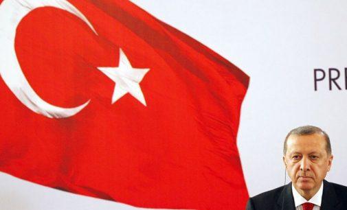 Turkijoje sklinda raginimai užmušti vokiečių Bundestago deputatus