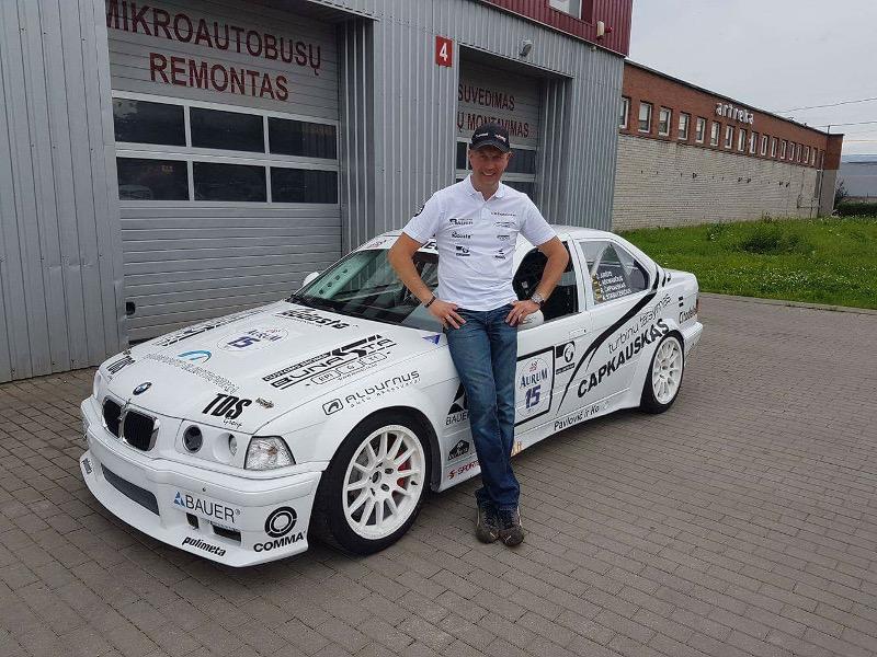 BMW 3