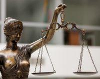 Aukščiausiasis Teismas kreipiasi į Konstitucinį Teismą dėl Fizinių asmenų bankroto įstatymo
