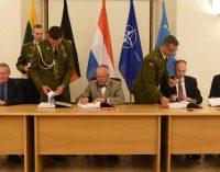"""J. Olekas: """"Pasirašyta sutartis dėl 88 pėstininkų kovos mašinų – tai ženklas, kad Lietuva rūpinasi savo saugumu ir investuoja į jį"""""""