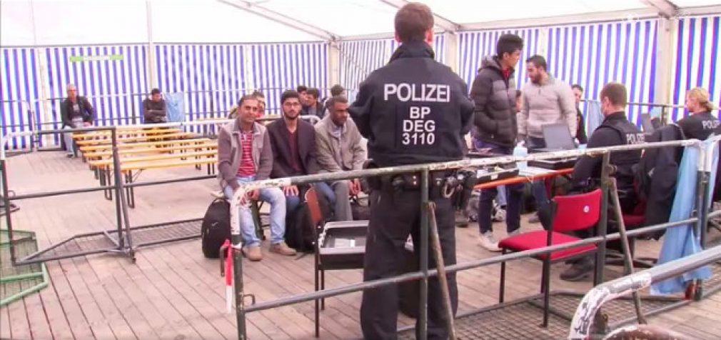 Pabėgėliai atostogauja ten, kur jie tariamai buvo persekiojami