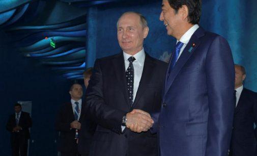Foreign Affairs: Tokijas ir Maskva vienijasi prieš Pekiną