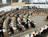 Seimas pritarė siūlymui didinti maksimalų taikytiną mėnesio neapmokestinamąjį pajamų dydį