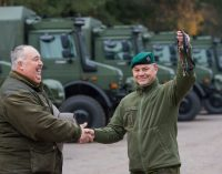 Lietuvos kariuomenė už 70 mln eurų įsigijo 340 Vokietijos gamintojo sunkvežimių UNIMOG