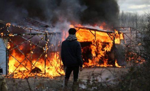 """Prancūzija: pabėgėlių stovykla """"Džiunglės"""" prie Kalė pilnai iškraustyta"""