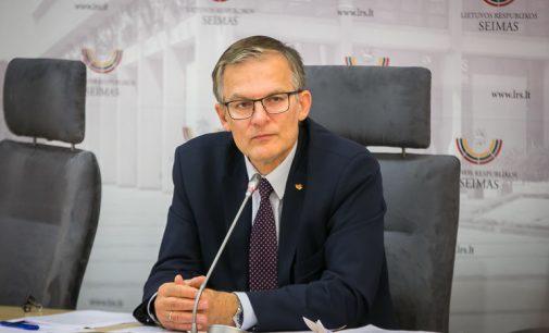 Julius Sabatauskas: reikia 5 proc. mažinti Seimo nario atlyginimą už kiekvieno posėdžio praleidimą