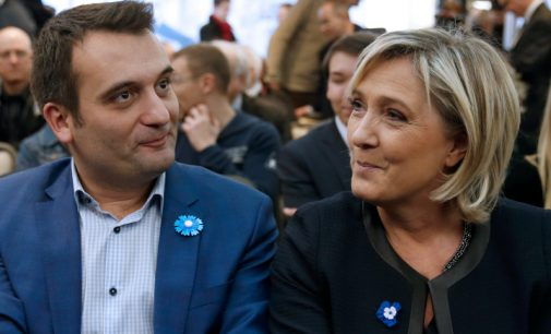 """""""Jų pasaulis griūva, mūsų – statomas"""": Prancūzijos nacionalistai džiaugiasi Trampo pergale"""
