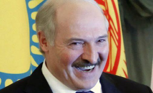 """A. Ažubalis: """"A. Lukašenka ir vėl apgavo Vakarus, o ant kabliuko užkibo ir Lietuva"""""""