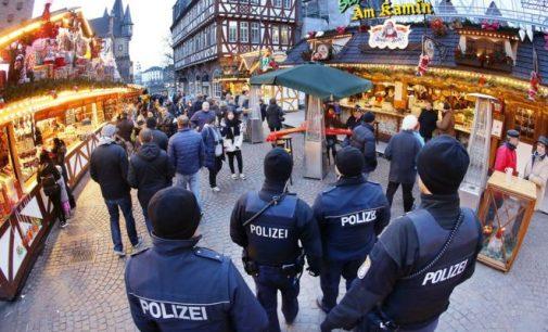 Vokietijoje sustiprinamos apsaugos priemonės ir ieškoma tunisiečio