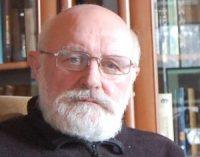 Linas V. Medelis. Be vienos eilutės nekrologe
