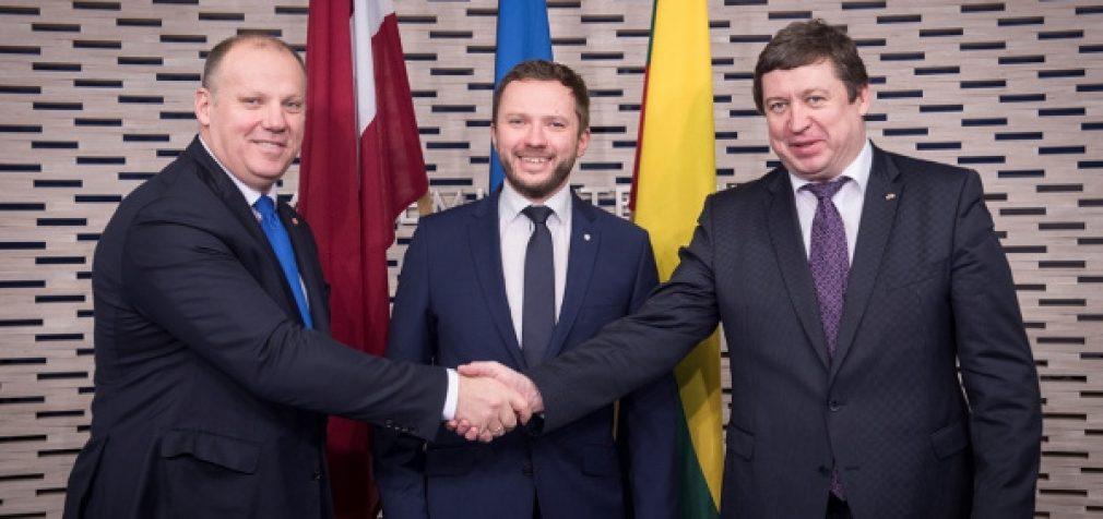 Krašto apsaugos ministras su Estijos ir Latvijos kolegomis aptarė Baltijos šalių saugumo ir gynybos klausimus