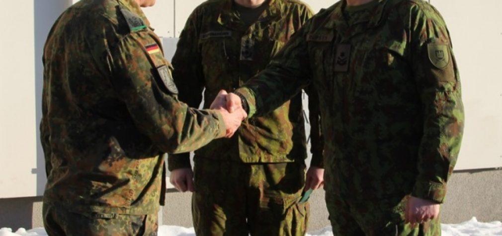 Aptartas bendras NATO priešakinio bataliono ir Sausumos pajėgų vienetų karinis rengimas