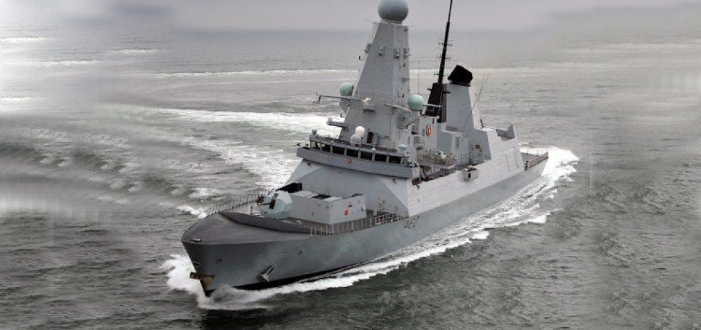 Britanija siunčia karo laivą į Juodąją jūrą – įtampa auga