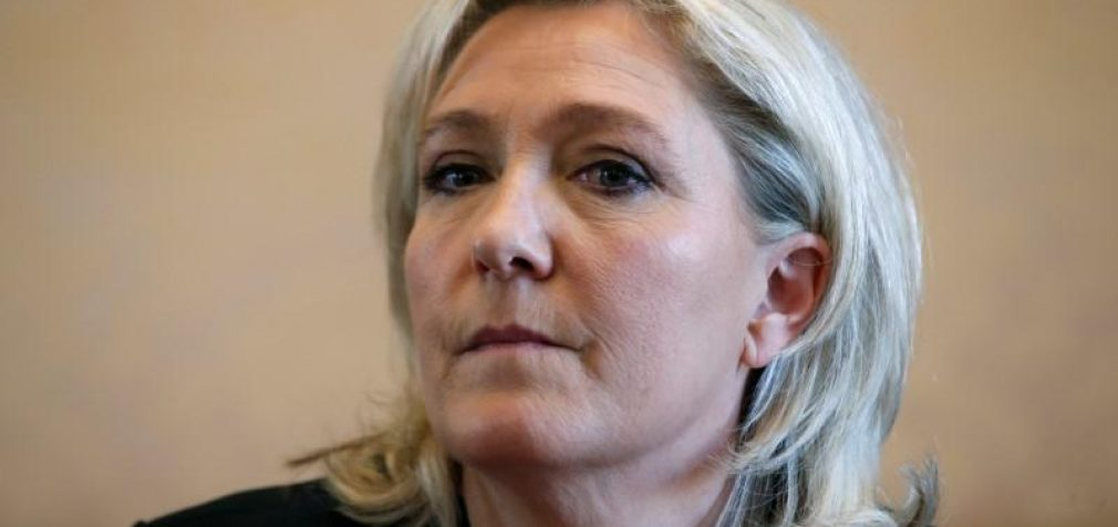Atsisakius bankams, Marine Le Pen finansuos rinkiminę kampaniją iš tėvo fondo lėšų