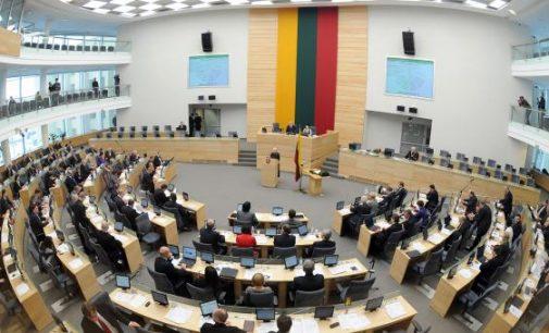 Seimas pritarė siūlymui didinti valstybės remiamas pajamas