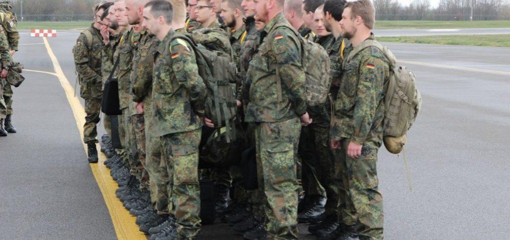 Į Lietuvą iš Vokietijos atvyksta NATO priešakinio bataliono kariai ir technika
