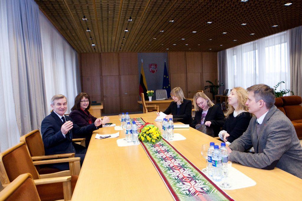 Pranckiečio susitikimas su NVO