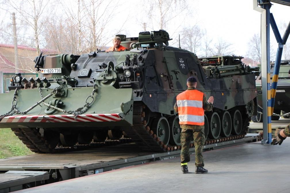 NATO kovinė technika | Lietuvos kariuomenės archyvo nuotr