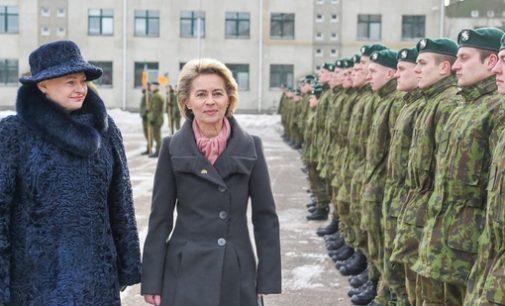 Prezidentė pasveikino Rukloje NATO priešakinių pajėgų bataliono kovinės grupės karius
