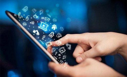 Rusijoje norima įteisinti mokamą registraciją mobiliuose tinkluose