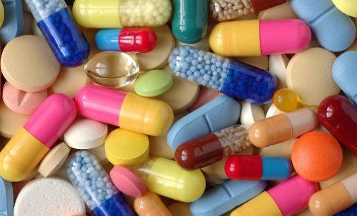 Lietuva su kitomis šalimis kartu derėsis dėl vaistų kainų mažinimo