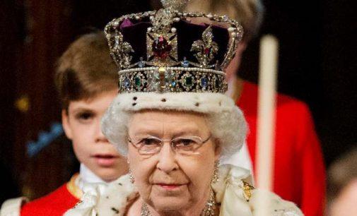 Britanijos karalienė pasirašė įstatymą apibrėžiantį šalies pasitraukimą iš ES