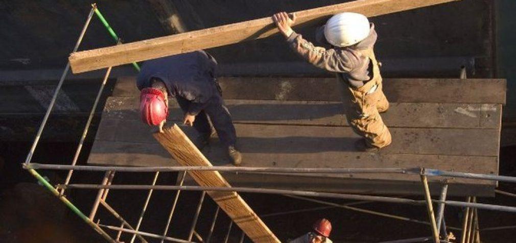 Ukrainiečiai darbo migrantai gelbėja Lenkiją nuo ekonominės katastrofos, tuoj gelbės ir Lietuvą?
