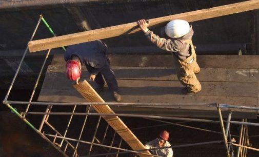 Namo savininkų bendrija prisiteisė atlyginti renovacijos trūkumus