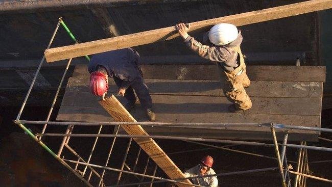Ukrainiečiai dirba Lenkijos statybose
