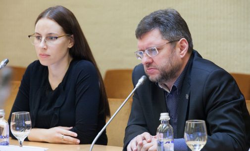 Seimo narys Valerijus Simulik siūlo garbingą išeitį tiems, kas nebenori dirbti Seime
